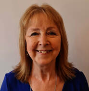 Picture of Elizabeth Tuohy the counsellor and complementary therapist who is offering services as indicated on this website